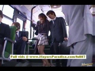 Nao yoshizaki seksualu azijietiškas paauglys apie the autobusas