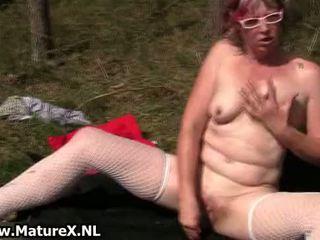 Rijpere mam loves neuken haar eigen nauw