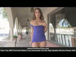 Sofia tieners publiek nudity