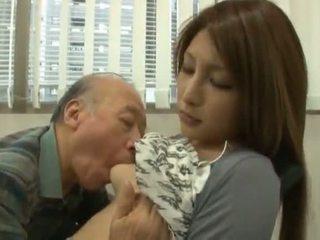 Čánske youngster has ju diminutive labia got laid podľa an vyzreté chlapec