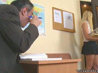 Delightful anale seks me mësues