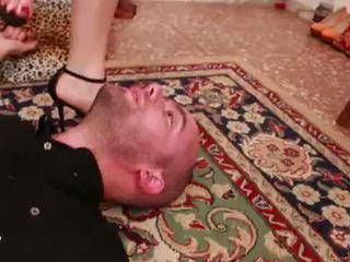 Unp033-lethal trick- headscissor dominantie slaaf man- preview 01
