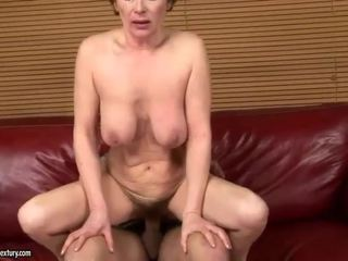 Granny gets her hairy pussy fucked hard
