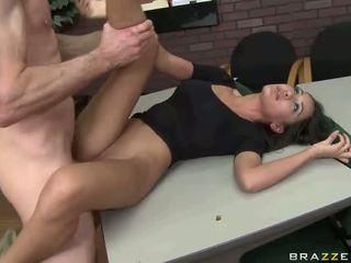 Besar seks dengan seksi gadis nakal
