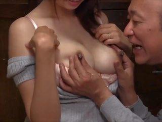 Melk voor oud man: lacteren hd porno video- d8