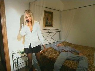 সাদা step-mom মধ্যে মজুদ seducing ছেলে