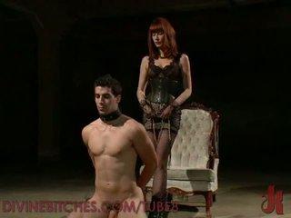 Maitresse madeline controls sie mann sklave