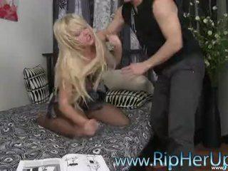 Sexy carrie beasley ripped hore & vynútený raped (hd) www.forcevideos.com