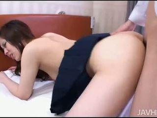 Men satisfy um hottie