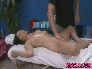 Piękne 18yo cuteie gets fucked ostro