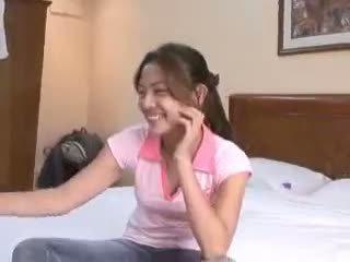 Filipina virgin gets deflowered บน camera โดย ขี้อาย