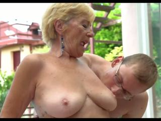 Hot Grannies: Free Mom HD Porn Video ef