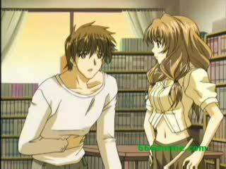 Hentai school- meisje strips voor gelukkig guy en is geneukt in de