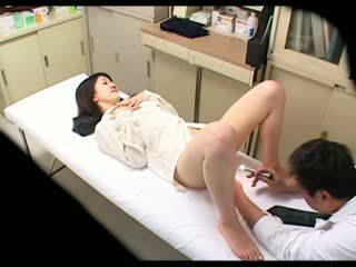 Piilumine perversne arst uses beib patsient 02