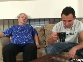grootmoeder, oma, volwassen