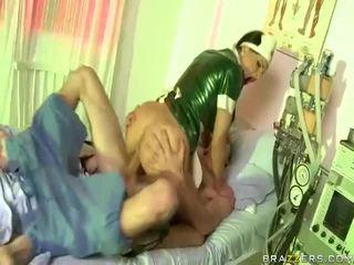 현실, 하드 코어 섹스, 큰 자지
