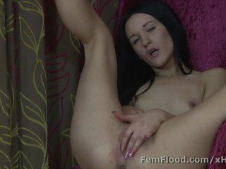 Multi-orgasmic squirting nana keeps sur cumming