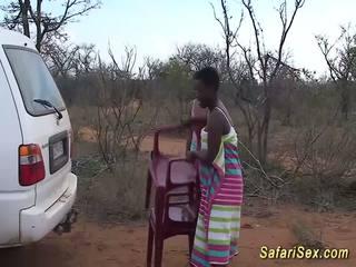 Mežonīga afrikāņu safari sekss orgija, bezmaksas mežonīga sekss hd porno 33