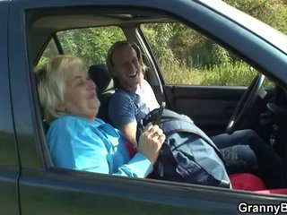 Машина driver bangs старий блудниця