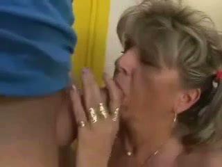奶奶, 奶奶, 辮子
