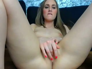 Hottie Masturbates on Webcam, Free Amateur Porn Video 31