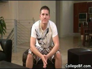 Chad macon wanking שלו precious מכללה זין 1 על ידי collegebf