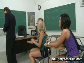 Mēs are two seksuālā eiropieši studente!