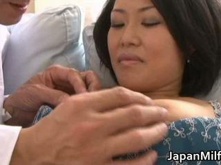 Ayaka Asian Milf Spreads Her Legs