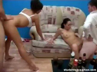 Mescolare di video da studente sesso parties