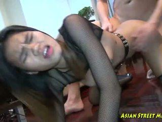 Hlboké thajské throat convulsions