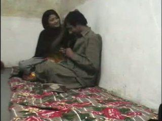Pakisztáni rejtett kamera szex