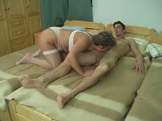 Sunkus senelė analinis: nemokamai sunkus analinis porno video f7