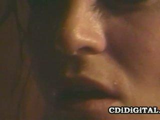Jessica wylde märkä retro vauva gyriating päällä kukko