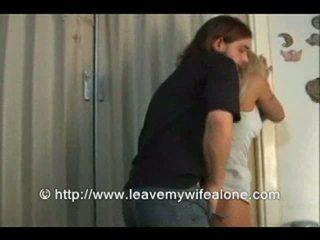 Bage của anh ấy kết hôn vợ