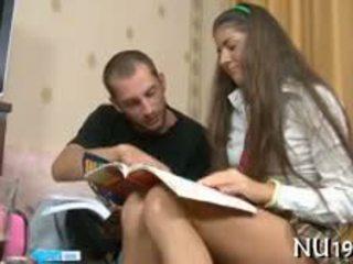 Legal vârstă teenager beauty kisses lips de ei boyfriend