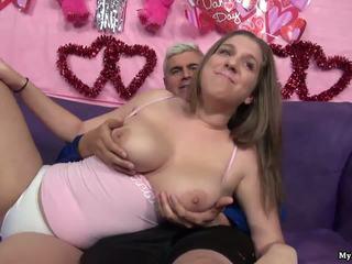 性感 褐髮女郎 alex 機會 gets 她的 的陰戶 fingered