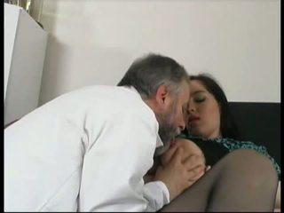Gynecologist šūdas lustful nėštumas pacientas