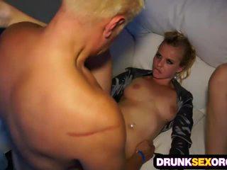 Betrunkene Sexorgie