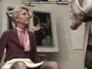 Juliet anderson, lisa de leeuw, น้อย ใช้ปาก annie ใน