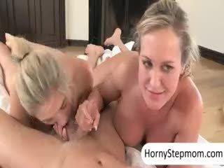 idealus big boobs, šilčiausias blowjob, patikrinti threesome pilnas