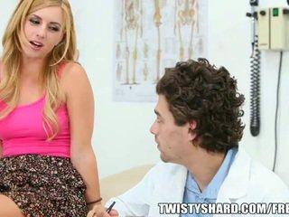 Lexi belle visits kanya doktor