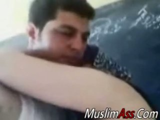 دهن hijab ربة البيت مارس الجنس في خاص فيديو