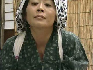 Japans horniest huisvrouw ooit