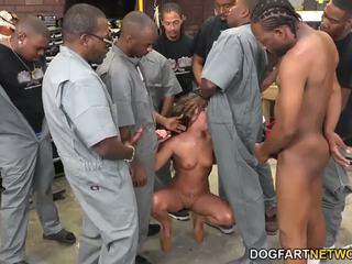 Amirah adara fucks an entire crew з чорна guys