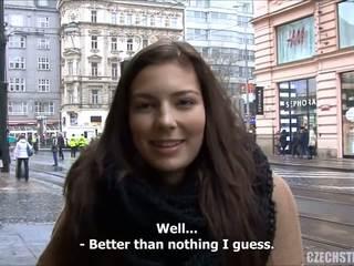 Nepakartojamas paauglys fucks už grynieji