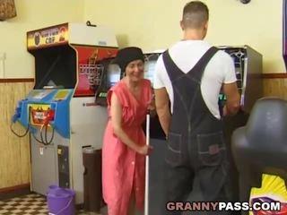 močiutė, grannies, bręsta