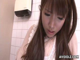 亞洲人 青少年 催人淚下 上 該 strangers 公雞 在 浴室