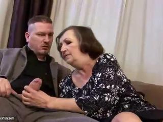Jelek gemuk perempuan tua gets kacau keras