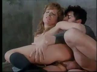 Anita rinaldi marota jovem grávida gets difícil anal punishment