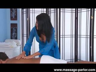 Ashli ames massages a noguris traveler